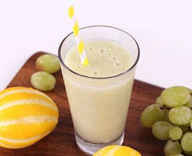 Oriental melon & Green grape smoothie